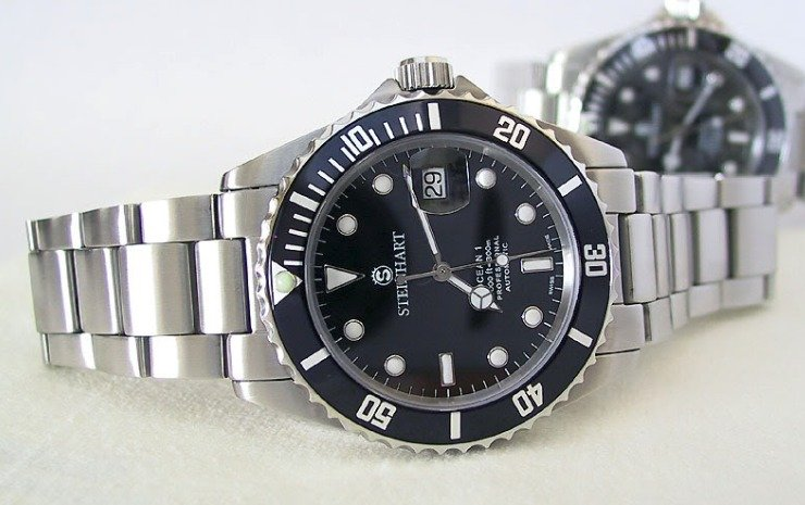 429ea1aa7de They distribute their products directly from their German headquarters and  do not use any third-party distributors or retailers to sell their watches.