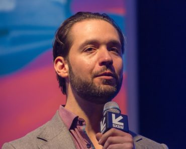 How Alexis Ohanian Achieved a Net Worth of Over $9 Million