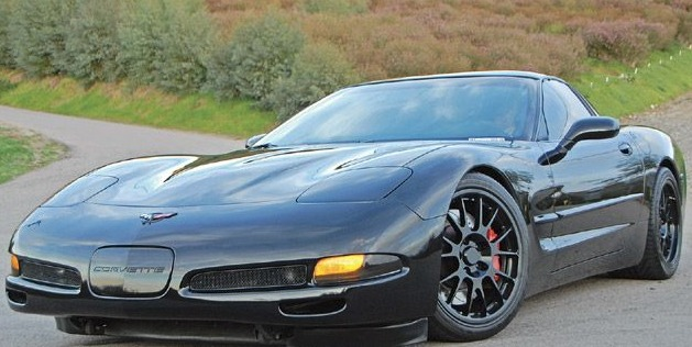 the history and evolution of the c5 corvette. Black Bedroom Furniture Sets. Home Design Ideas