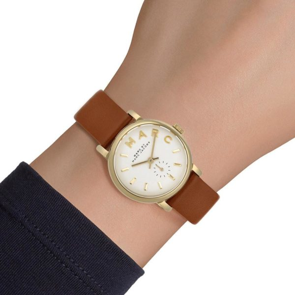 511f911fad437 The Classic Watch has consistently been a top choice in the Marc Jacobs  women's watch collection. It brings the familiarity of the classic in step  with ...