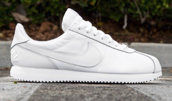 nike cortez white mens