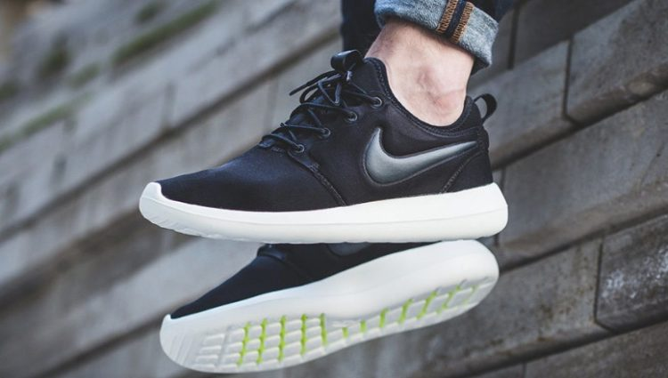 a60baa3da8f1 The 10 Best Nike Roshe Models of All-Time
