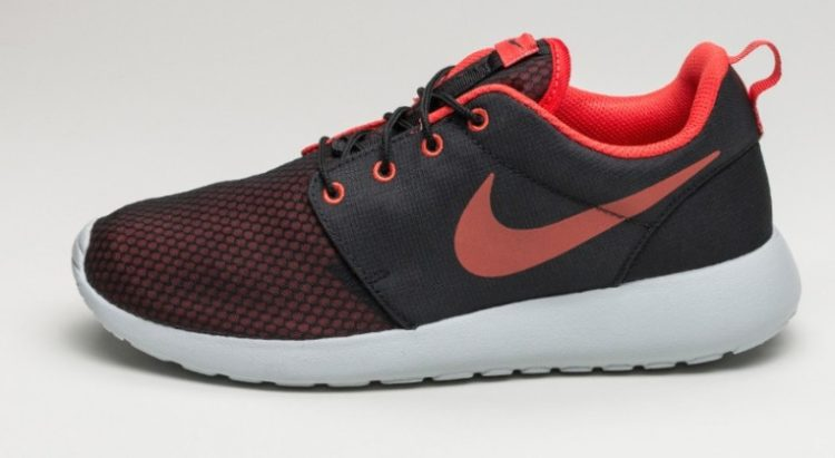 sports shoes cc282 d4add Nike Roshe One SE. This is a men s shoe ...