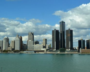 Five Money Scams to Watch Out for on Craigslist Detroit