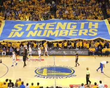 Here's What it Costs to Attend a Golden State Warriors Game