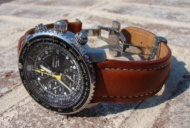 8ee3d4c04e5 2. Seiko SSC007 Solar Aviation Chronograph Watch with Alarm