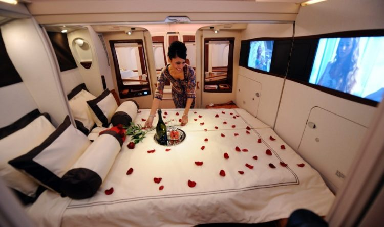 What It S Like To Fly First Class On Singapore Airlines