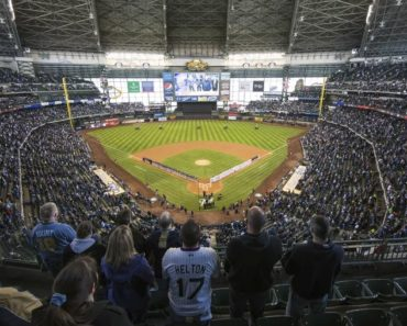 The Average Cost to Attend a Milwaukee Brewers Game