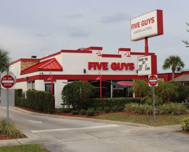 How Much Does it Cost to Open a Five Guys Franchise?