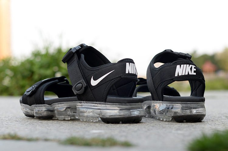 30a2cf648948 The Five Best Nike Sandals on the Market Today