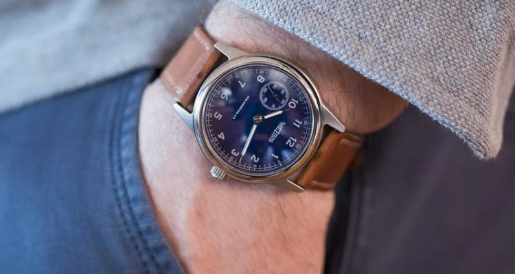 59e4054ba06 Weiss 38mm Special Issue Field Watch