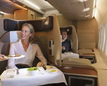 How to Become a Flight Attendant and the Salary to Expect
