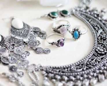 The Five Best Electric Jewelry Cleaners on the Market Today