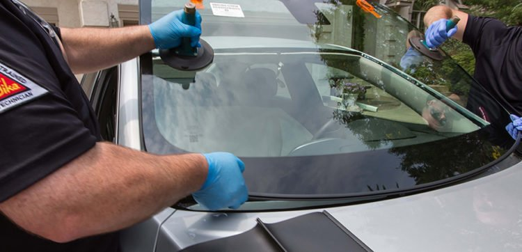 Windshield Replacement Cost >> How Much Does A Windshield Replacement Cost