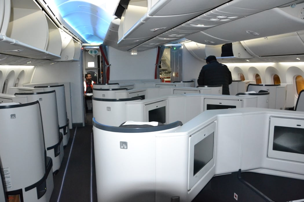 What It S Like To Fly Avianca Business Class