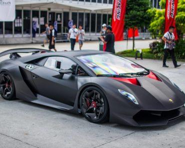 The Short-Lived Run of the Lamborghini Sesto Elemento