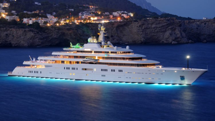 A Closer Look At The 1 5 Billion Superyacht Eclipse