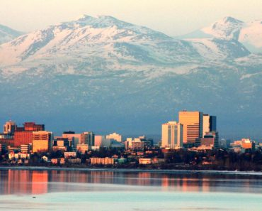 Five Money Scams to Watch out for on Craigslist Anchorage