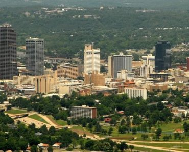 Five Money Scams to Watch Out for on Craigslist Little Rock