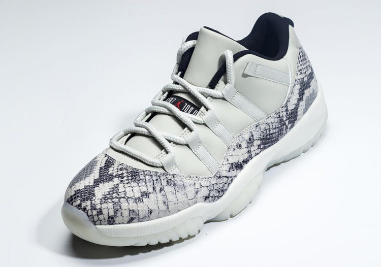 "A Closer look at The Air Jordan 11 Low ""Snakeskin"" 9c637beea"