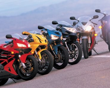 Five Awesome 300 Class Sportbikes for 2019