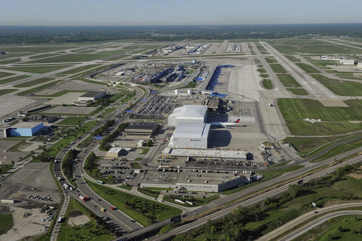 How to Successfully Navigate Your Way through Detroit Metro Airport