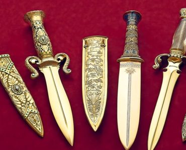 Gem of the Orient Knife
