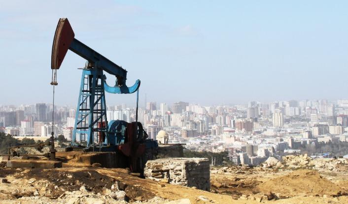 Oil pump in Baku