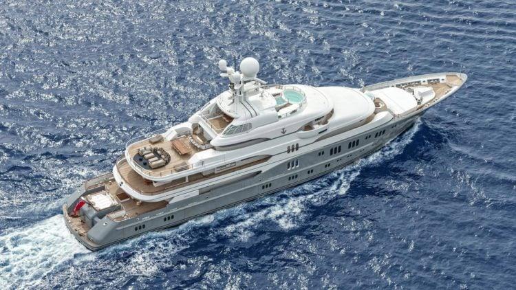 Lurrsen shipbuilders TV Yacht