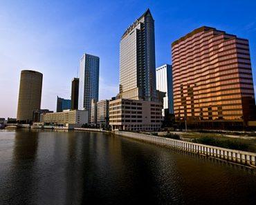 Tampa Skyine