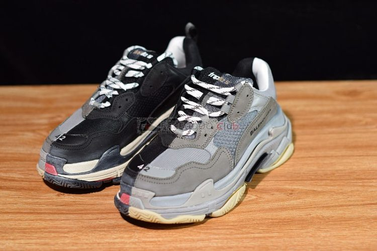 balenciaga triple s trainers bicolour black grey