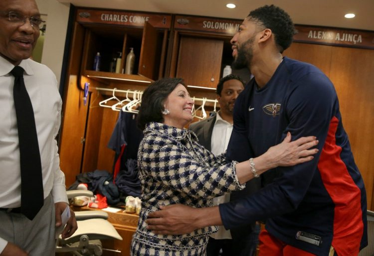 gayle benson and anthony davis