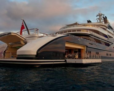 Serene Superyacht Rear Profile