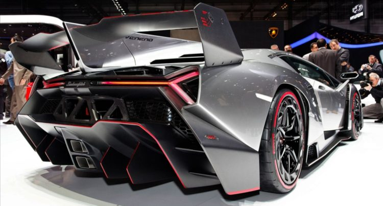 Veneno Roadster Rear View
