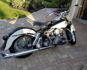 A Closer Look at The 1958 Harley Davidson Duo-Glide