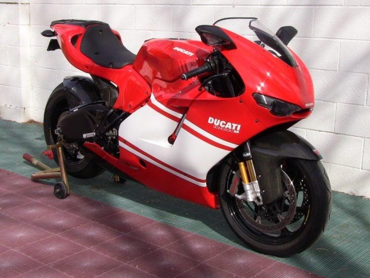 2004 Ducati Desmosedici RR: The Firebreather