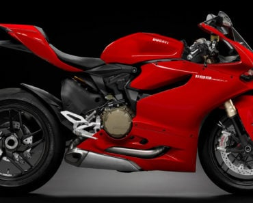 A Closer Look at The 2014 Ducati 1199 / 1299 Panigale