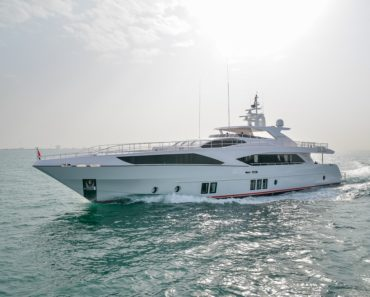 Gulf Craft Majesty 122