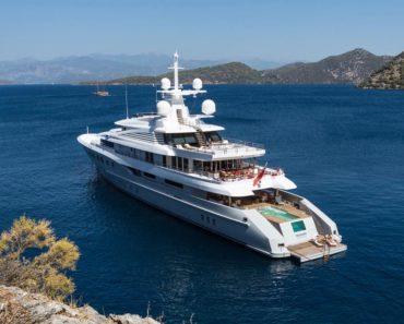 Kardashian yacht