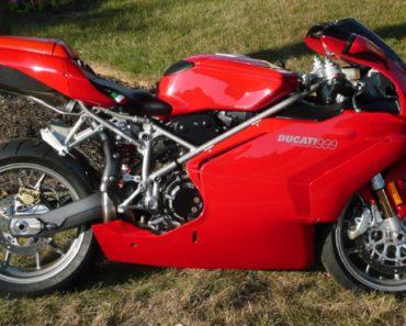 The 2003 Ducati 999: A Closer Look
