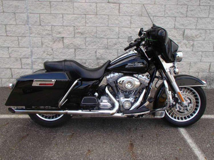 The 2009 Harley-Davidson FLHT Electra-Glide