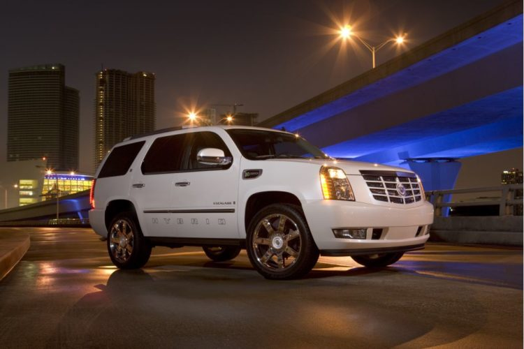 2008 Cadillac Escalade with Global Hybrid Cooperation