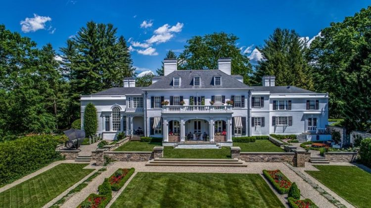 Massachusetts estate