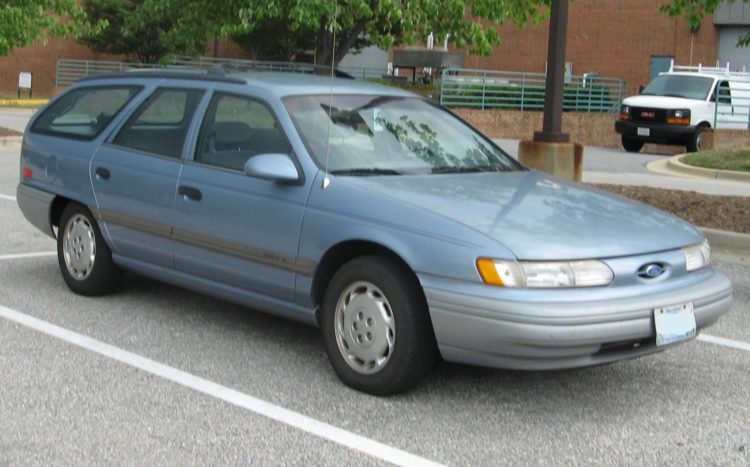 1994 Ford Taurus GL Station Wagon