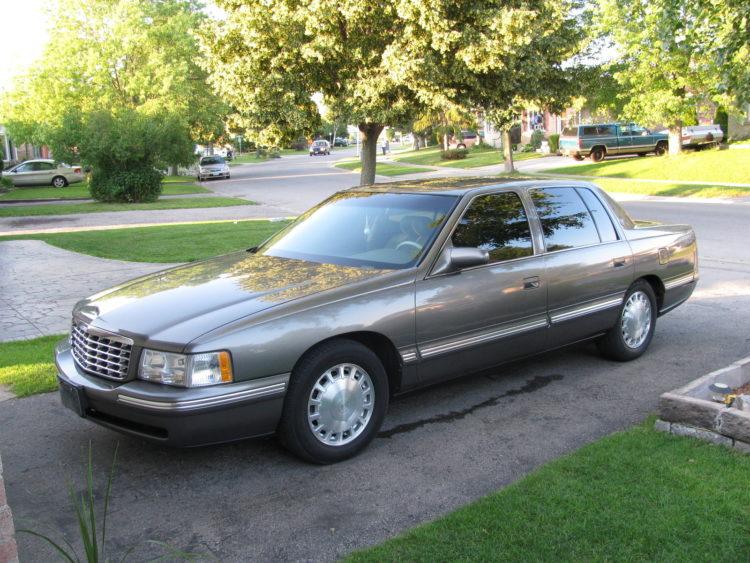 1998 Cadillac DeVille Elegance 4-door Sedan