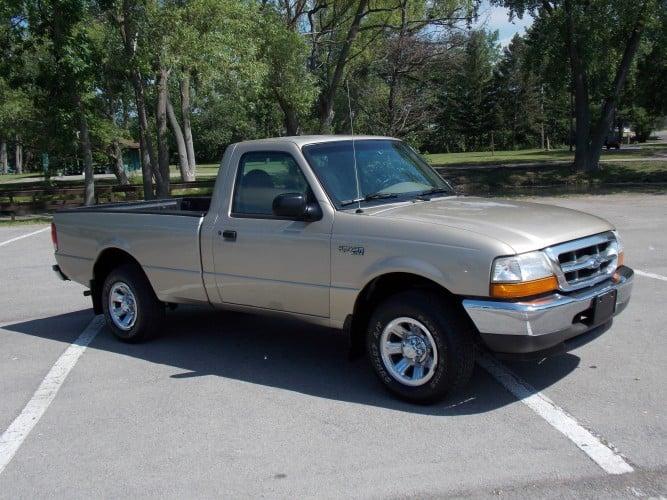 2000 Ford Ranger Pickup 2WD