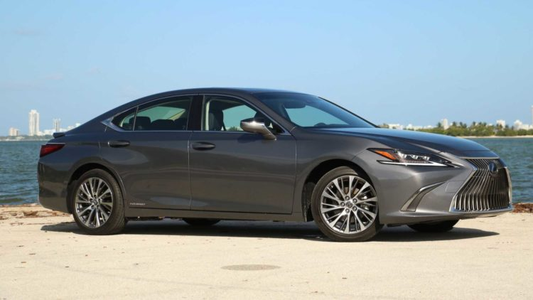 2020 Lexus ES 300H: 43 City/44 highway