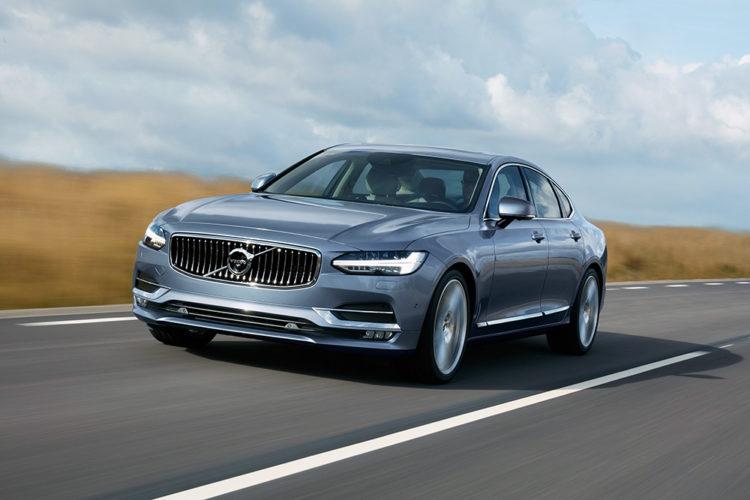 2020 Volvo S90-T8 490 miles