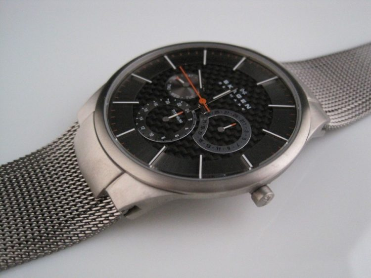 Skagen Men's Carbon Fiber Dial Titanium Watch