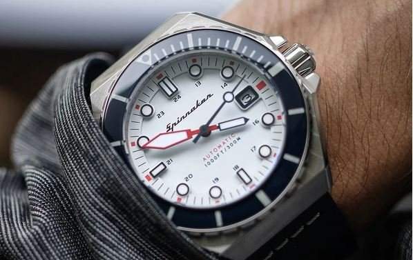 Spinnaker Dumas Automatic 300 meter Dive watch
